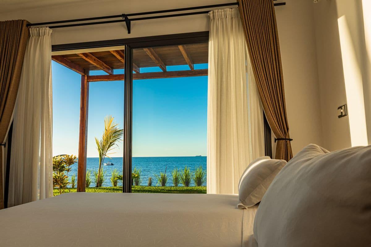 hotel bord de mer nosy be